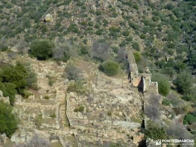 Ciudad de Vascos-Dolmen de Azután;practicar senderismo senderos del monasterio pasos largos senderi
